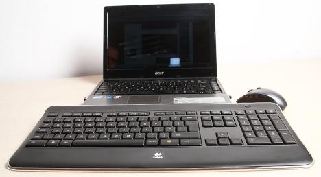 Logitech K800 - perfecta pentru laptopul meu