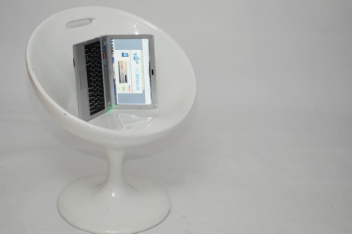 Sony Vaio YB - Minilaptopul cu AMD Fusion